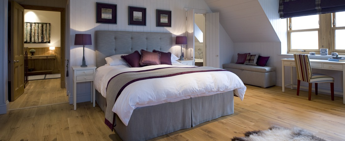 Master bedroom suite, An Cos, luxury holiday home, Shieldaig, Scotland